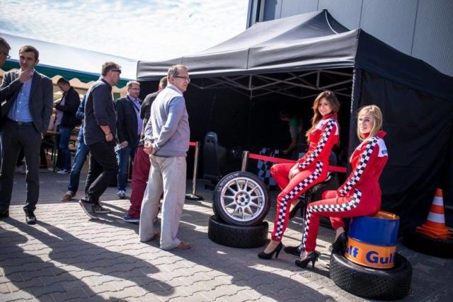Play-Max wynajem symulatorów, atrakcje na imprezy - symulator jazdy, symulator WRC