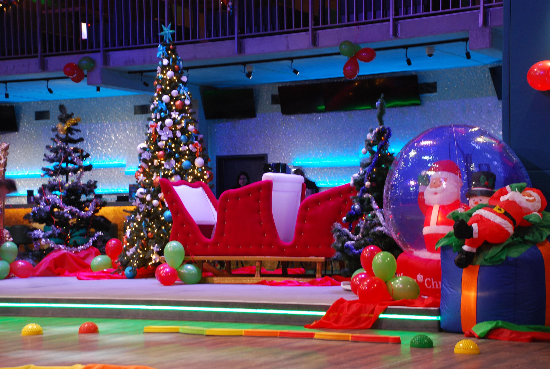 Play-Max wynajem symulatorów, symulator lotu saniami Mikołaja, sanie Mikołaja, Mikołajki, atrakcje dla dzieci