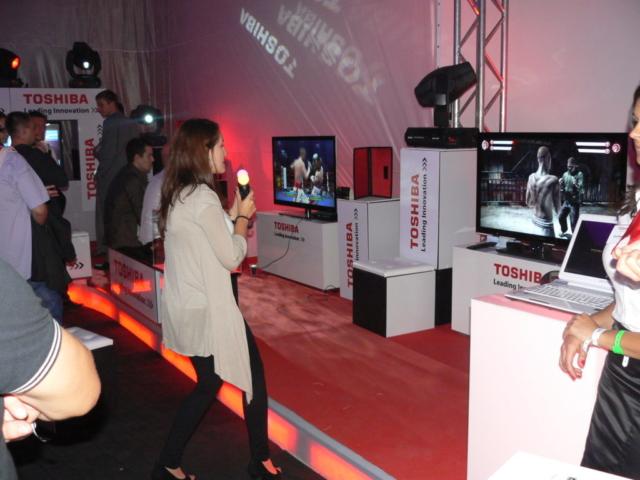 Play-Max wynajem symulatorów interaktywnych, symulator boksu, symulator walki, atrakcje na targi