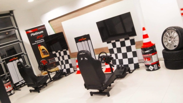 Symulator jazdy, symulatory WRC, atrakcje na imprezy dla dzieci wynajem